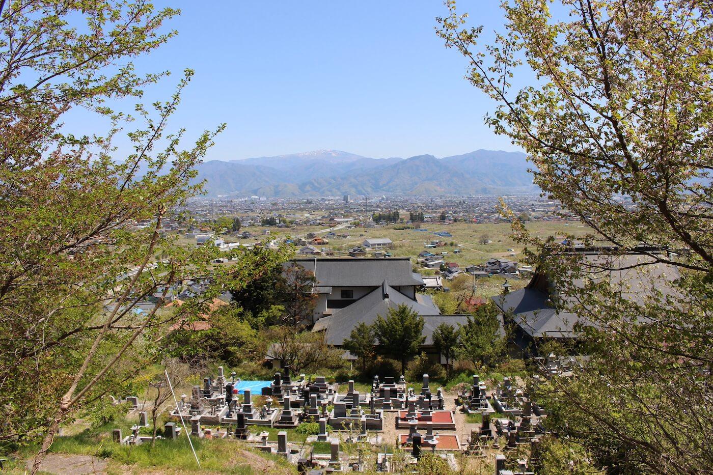 天照寺墓地長野市篠ノ井