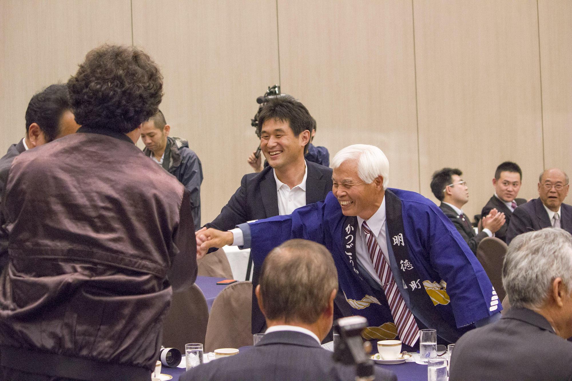 第15回 「あなたのまちへ お神輿贈呈」受賞者の須坂市明徳町の皆様