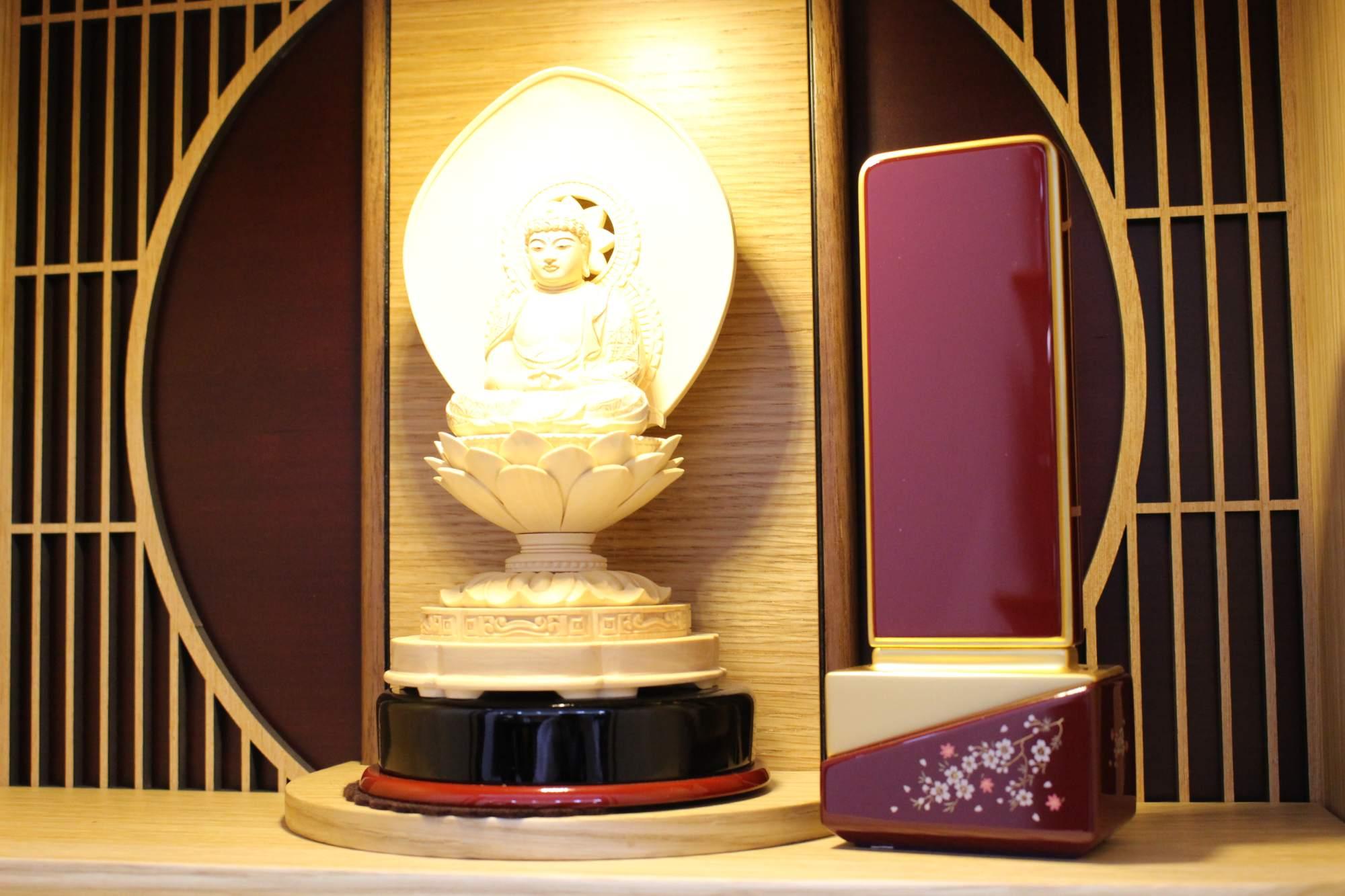 お仏壇に合わせて選ぶ本位牌